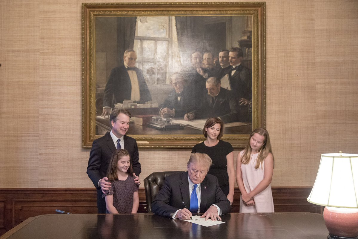 Brett_Kavanaugh_watches_with_his_family_as_President_Donald_Trump_signs_his_nomination.jpg