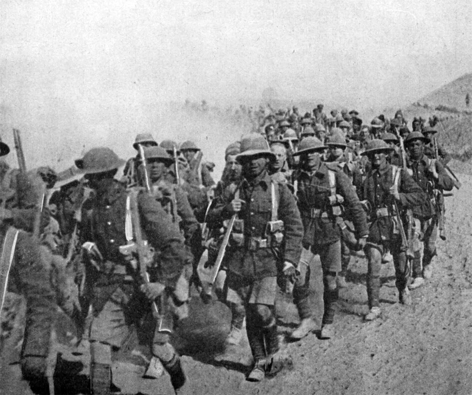 british-troops-on-the-march-during-mesopotamian-campaign-world-war-i.jpg
